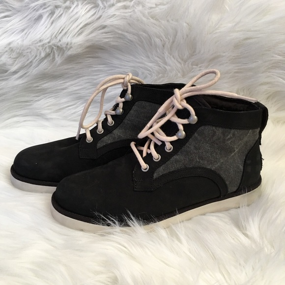 dbd1da8ac37 UGG Bethany Canvas Black Lace Up Ankle Boots 7.5
